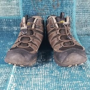 Keen Boots Boy's Size 2 Boots